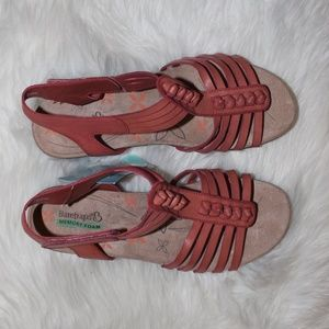 BareTraps Red Rose Wedge Heel Ankle. NWT!!!